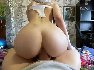Moistness blondie is deep-throating penis like a real professional and aperture up up to get screwed rigid