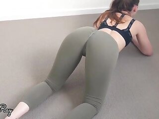 Damsel in yoga trousers would similar kind up have lovemaking as opposed to of doing her exercise routine
