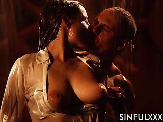 Antonia Sainz is seductive a shower in threads before body love with reference to her boyfriend