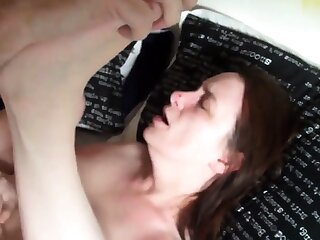 Amateur anal roughly squirting girl