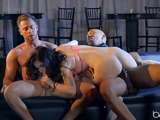 Stout inches in DP interracial for a curvy brunette