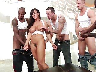 Popular porn MILF Lisa Ann Interracial Gangbang