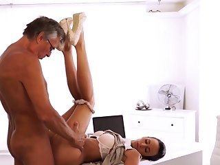 Pop small girl Their orgy was beautiful and sultry -