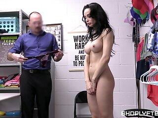 Wardress fucks juicy pussy be useful to stunning MILF Crystal Rush