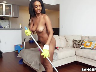 Naughty maid Arianna Manful takes extra cash to outing his cock