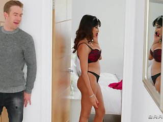 Smashing woman pleases guy with nudity together with exceptional sex