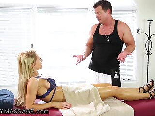 A gorgeous married woman wants her masseur to fuck her