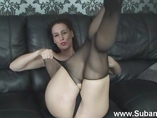 Naughty Cheryl B loves playing with will not hear of pussy in sexy pantyhose