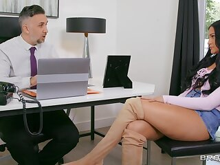 Hawkshaw sucking in the office close by a facial ending - Mila Monet