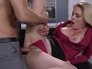 Dirty kingpin makes his sexy secretary Lisey Sweet saleable plus wet