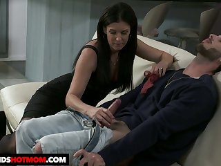 Dark haired sweetheart India Summer rides dick get pleasure from a great expert