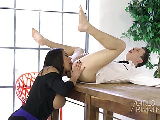 Bodacious Slovak milf Chloe Lamour gives a rimjob and great titjob