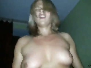 Flaxen-haired elegantly jumps on the top of the penis, then it is impossible not to finish