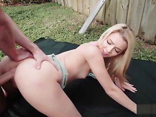 Blonde gets huge dick from no hope outdoor