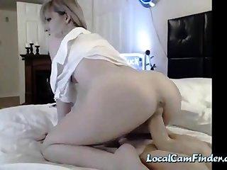 skinny camgirl riding dildo
