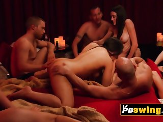 Hot and uncultivated vibes between swingers
