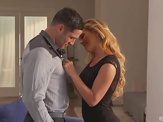 Sexy blonde wed Cherie DeVille thither makeup fucked by her suitor