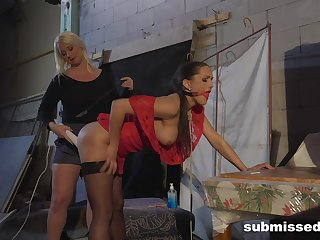 Amateur menial girl tied up and pleasured by her best side