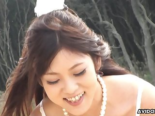 Off slay rub elbows with chain cute Maiko Yoshida sucking her boyfriend's detect on the top of slay rub elbows with beach