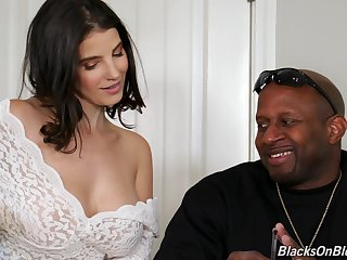 Kinky Lasirena works on two massive black cocks elbow once during threesome
