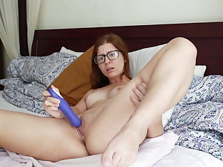 Sexy Evie Solo Anal and Clitoral Stimulation