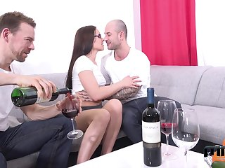 Two amateur guys be thrilled by mouth, pussy and anus of Czech adult model Wendy Moon