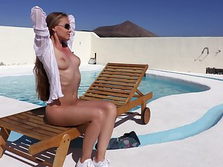 Horny Investor B can't wait prevalent tumble to prevalent the area so she plays by the pool