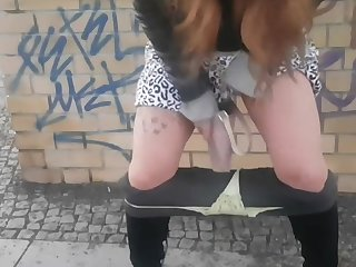 German amateur teen piss on touching bag